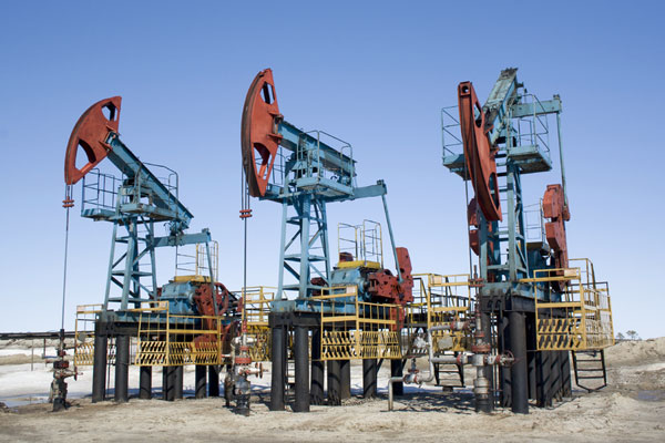 Industry picture - oil drilling rigs