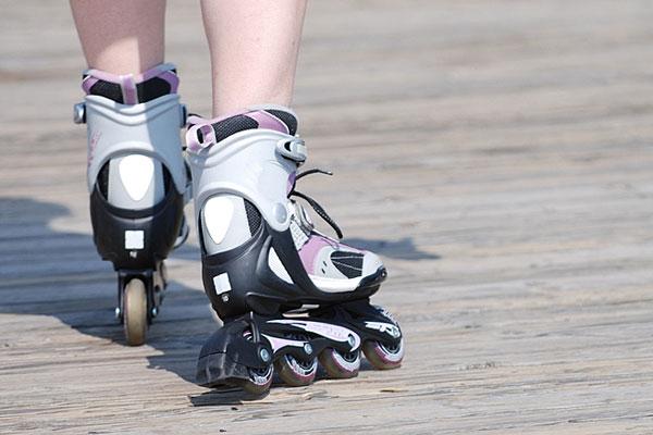 girl skating on inline skates