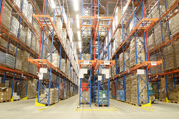 wholesale distributor warehouse